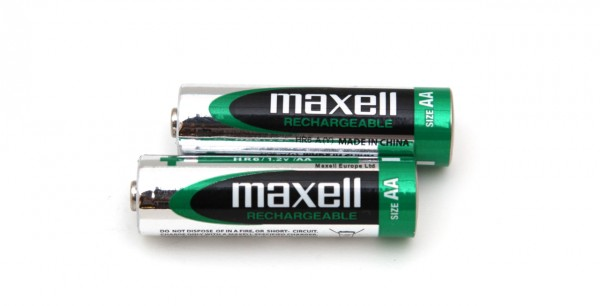 1-2v-aa-2300-mah-maxell-rechargeable-nimh-battery