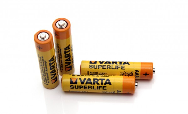 1-5v-aaa-varta-superlife-carbon-zinc-battery