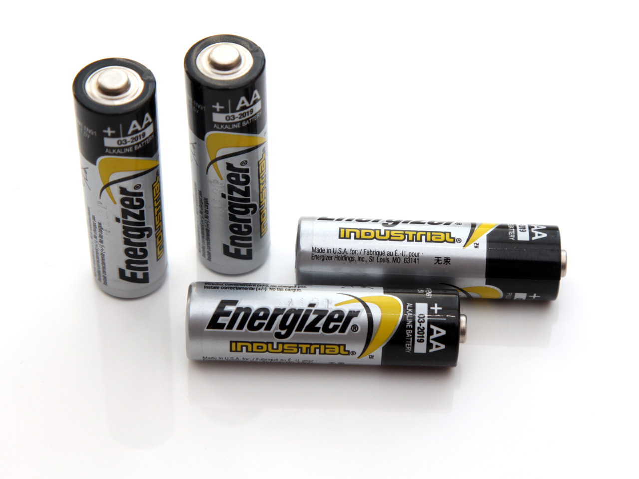 1 5v aa energizer industrial alkaline battery tests. Black Bedroom Furniture Sets. Home Design Ideas