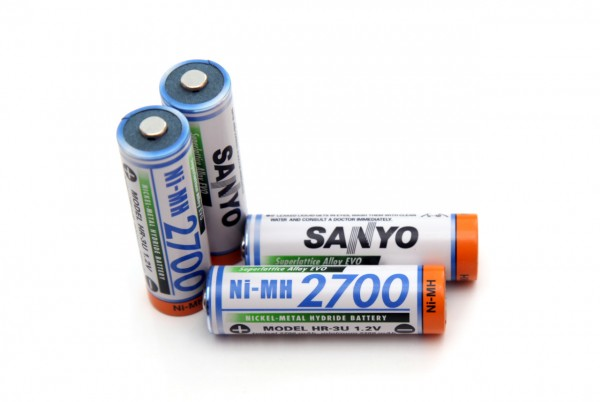 1-2v-aa-2700-mah-sanyo-nimh-battery