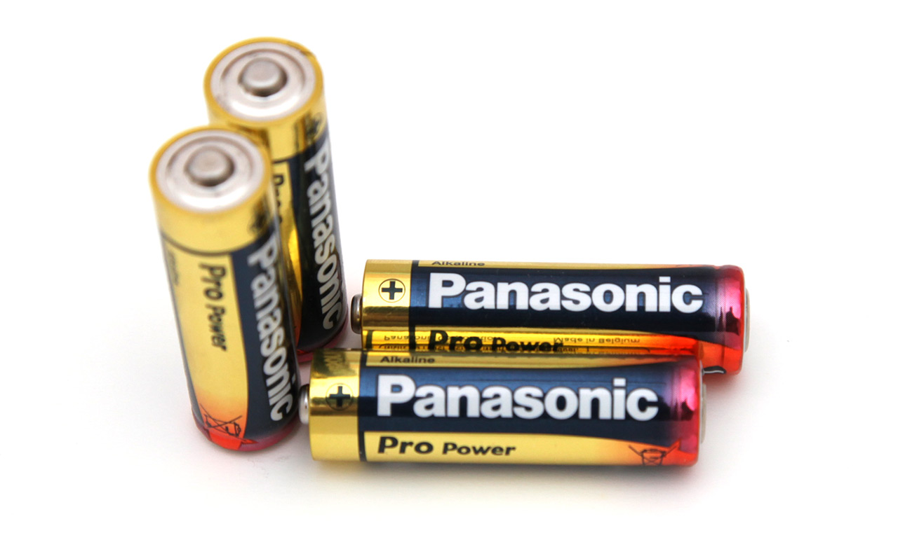 15V AA Panasonic Pro Power Alkaline Battery Tests