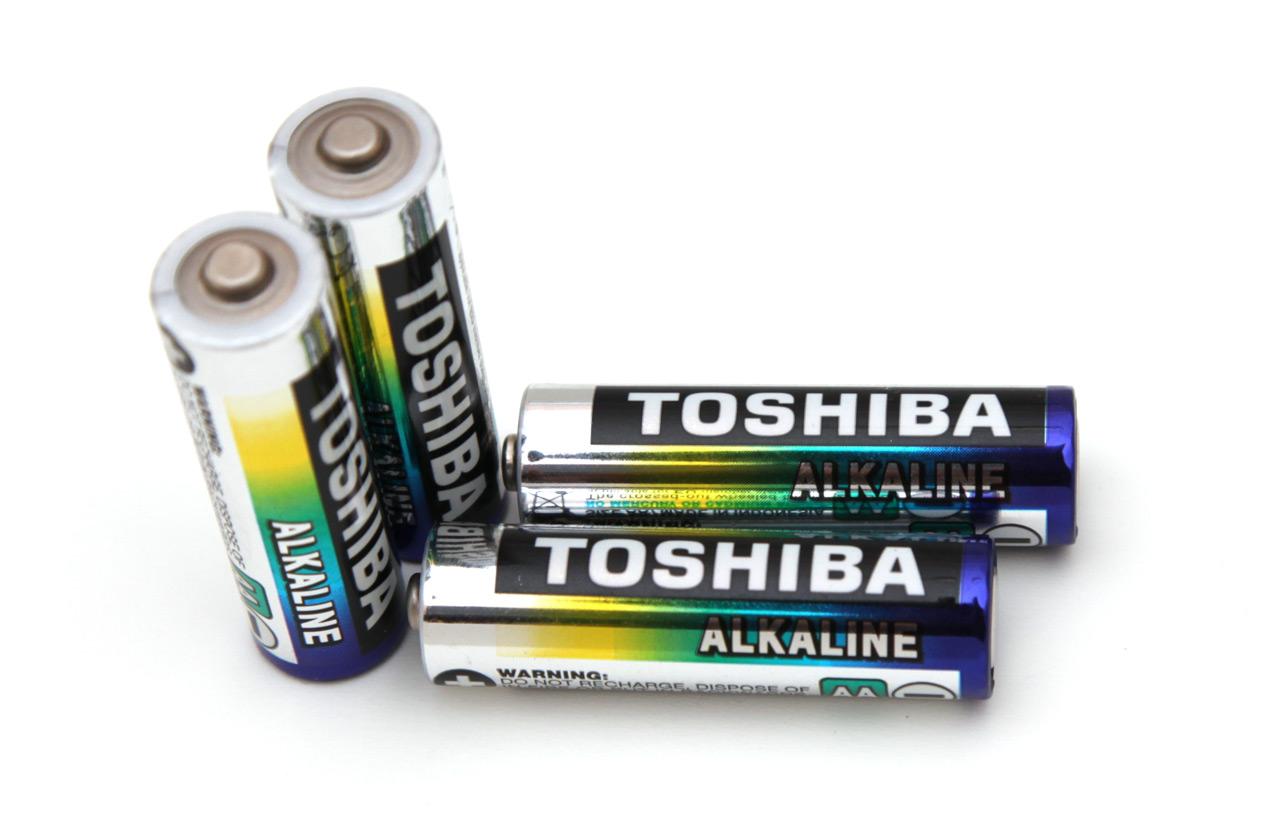 1 5v aa toshiba standard alkaline battery tests rightbattery com