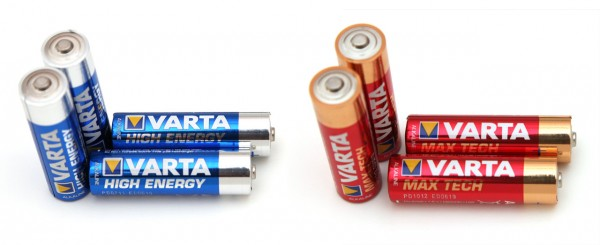 1-5v-aa-varta-high-energy-vs-varta-max-tech-alkaline-batteries