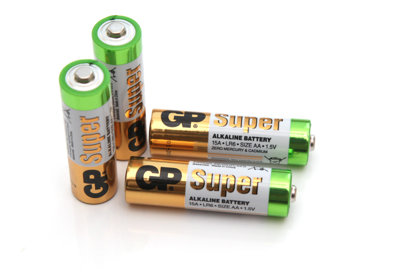 1 5v aa gp super alkaline battery tests. Black Bedroom Furniture Sets. Home Design Ideas