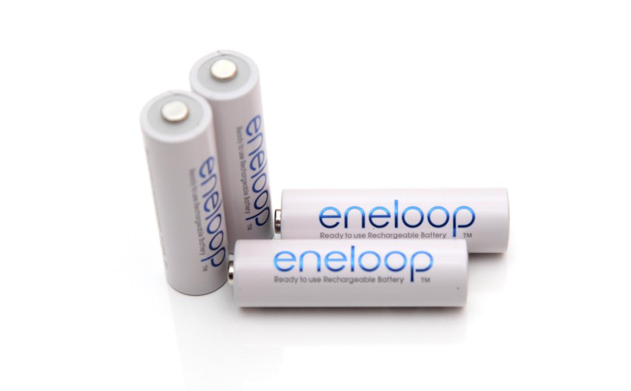 12v Aa 2000 Mah Sanyo Eneloop Nimh Battery Tests Baterai Recharge Sony Aaa