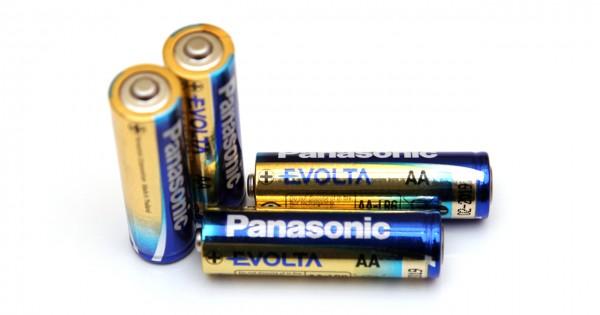 1-5v-aa-panasonic-evolta-alkaline-battery