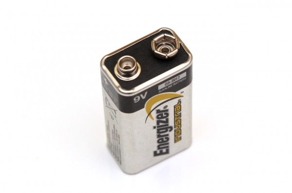 9v-energizer-industrial-alkaline-battery
